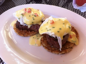 Cafe Mirage_ filet mignon eggs bennedict_01