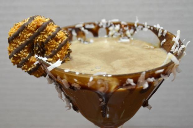 Samoa Cookie Cocktail