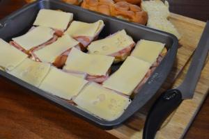 ham and cheese sliders_04