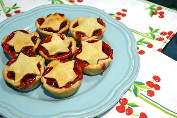 Super Simple Mini Cherry Pies