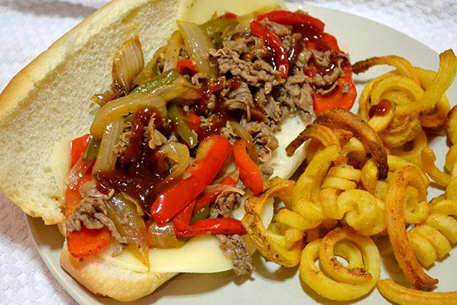 Philly Cheesesteak Sandwiches_00