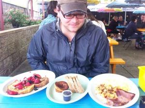 neighborhood restaurant breakfast