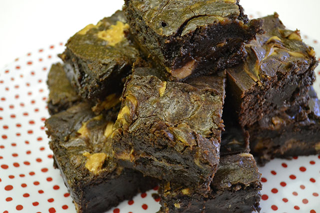 Reese's Peanut Butter Brownies_01