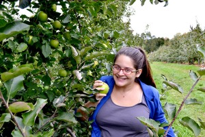 Apple Picking_Cider Hill Farm_10