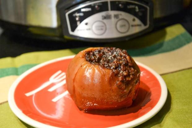 Crock Pot Baked Apples-1