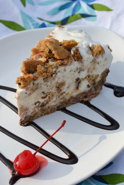 Chocolate Chip Cookie Ice Cream Pie-4