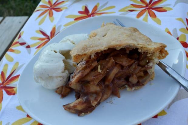 Deep Dish Apple Pie-2