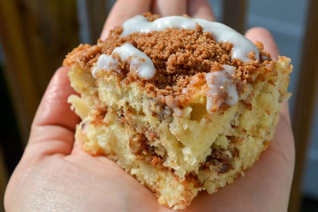 Quick Apple Cinnamon Cake Bars-3