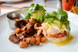Ceia Brunch_Lobster Eggs Benedict-2