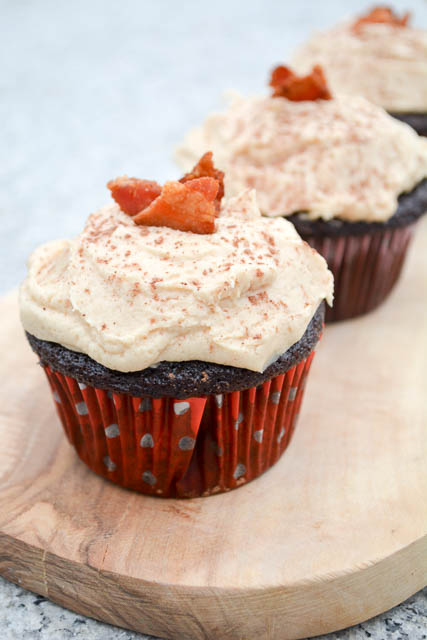 Dark Chocolate Bacon Cupcakes with Peanut Butter Buttercream-03