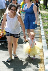 Make Way for Ducklings Parade 2015-23