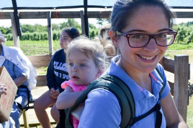 Apple Picking_Tougas Family Farm-7