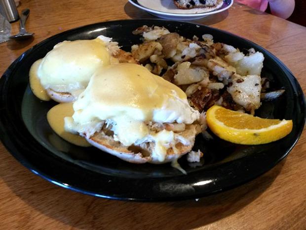 Crab Eggs Benedict_Millbrook Company_10