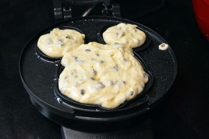 Mickey Mouse Waffles_11