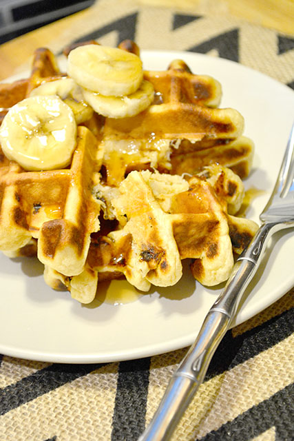 Peanut Butter Banana Waffles For Two_02