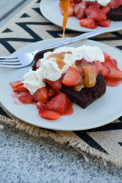 5 Minute Chocolate and Strawberry Shortcake-03