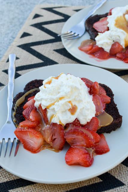 5 Minute Chocolate and Strawberry Shortcake