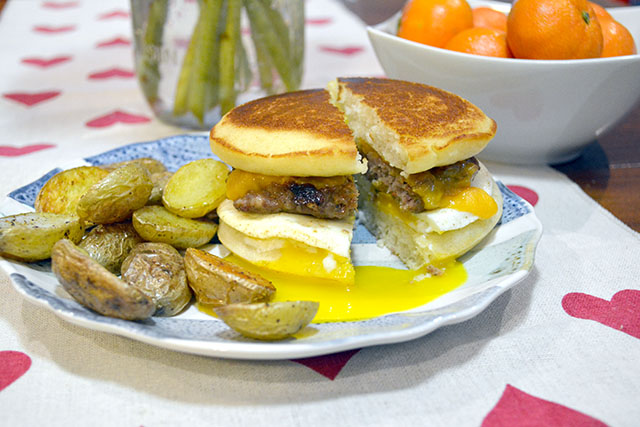 Pancake Breakfast Sandwich_03