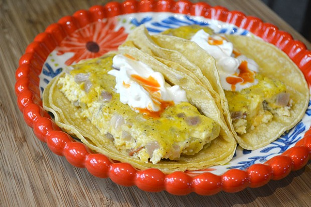 Bacon and Chilies Egg Bake Tacos_01