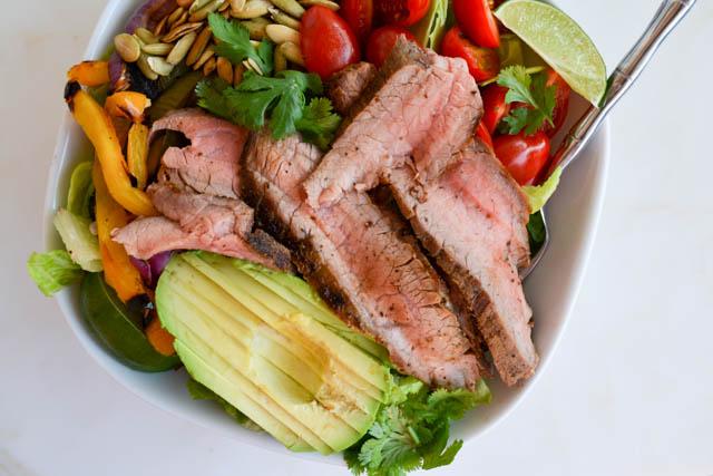 Grilled Steak Fajita Salad0_04