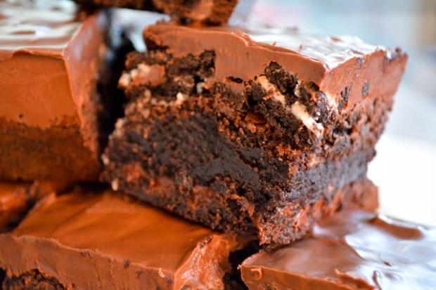 Oreo Crunch Brownies-01