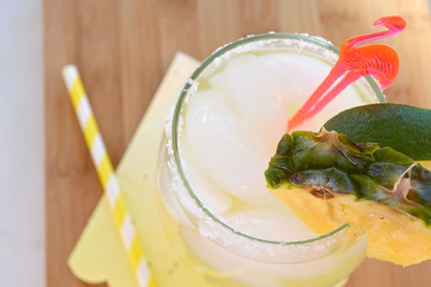 Sparkling Pineapple Coconut Margaritas_03