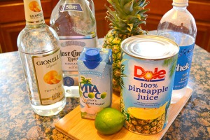 Sparkling Pineapple Coconut Margaritas_05