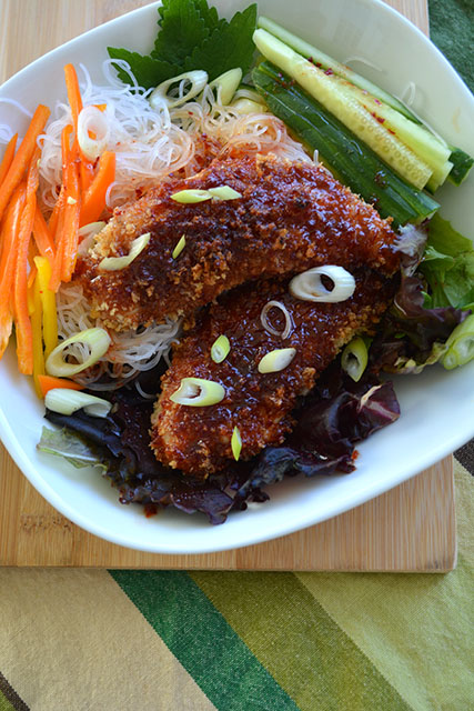 Crunchy Sweet and Spicy Chicken Tenders with Noodle Salad_02