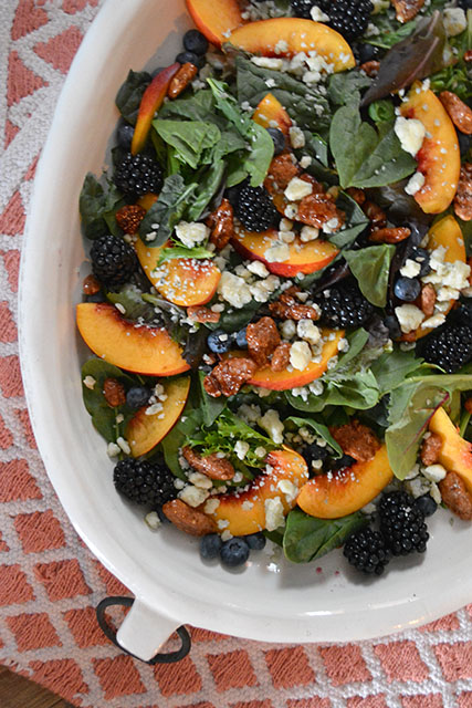 Nectarine and Berry Topped Salad with Pecans and Gorgonzola_04