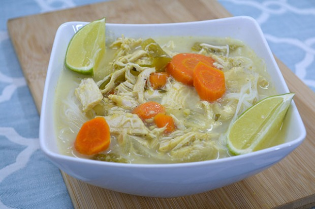 slow-cooker-coconut-curry-chicken-soup_01