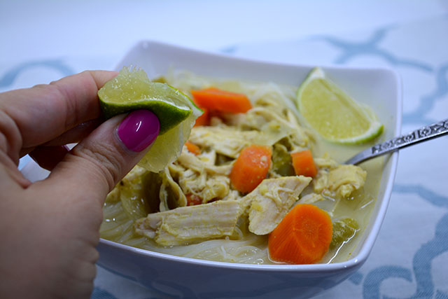 slow-cooker-coconut-curry-chicken-soup_03