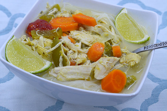 slow-cooker-coconut-curry-chicken-soup_04