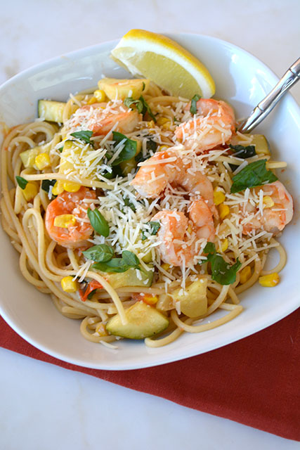 pasta-with-shrimp-corn-tomatoes-and-zucchini