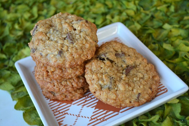 chocolate-chunk-oatmeal-crunch-cookies_01