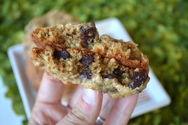 chocolate-chunk-oatmeal-crunch-cookies_02