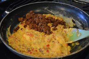 quick-queso-con-chorizo_09