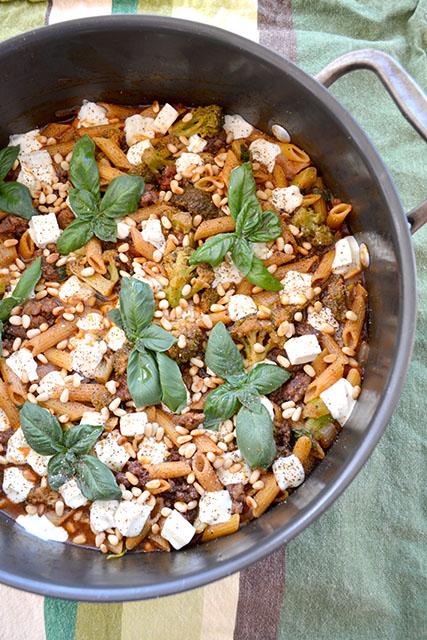 one-pot-sausage-and-broccoli-pasta
