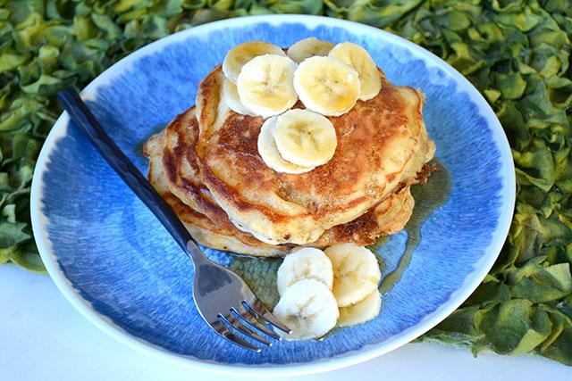 Browned Butter Buttermilk Banana Pancakes – I am a Honey Bee