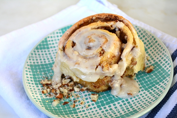 nutty-cinnamon-rolls_04
