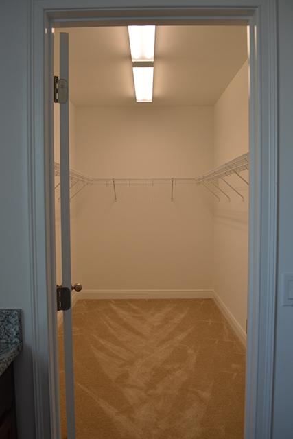 taggart-house_master-closet